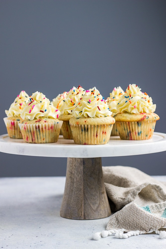 Birthday Cake Funfetti Cupcakes Topped With Delicious Vanilla Buttercream Frosting And Lots Of Sprinkles