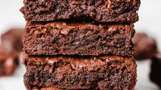 The Best One Bowl Brownies Recipe (Gluten-Free, Refined Sugar-Free)