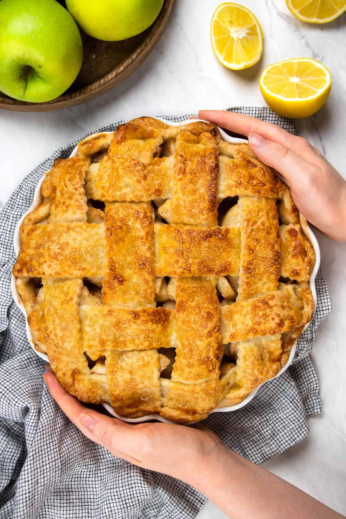 Overhead photo of an apple pie.